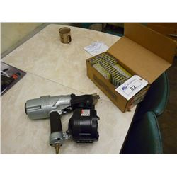 "HITACHI PNEUMATIC 3"" COIL NAILER WITH SUPPLIES"