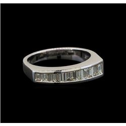 18KT White Gold 0.69 ctw Diamond Ring
