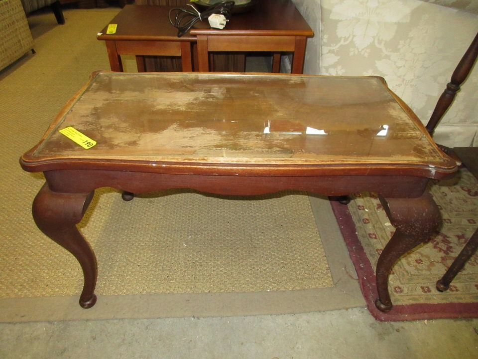 Vintage Mahogany Queen Anne Style Coffee Table