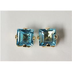 #16-10KT YELLOW GOLD BLUE TOPAZ EARRINGS