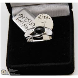 STERLING SILVER 925 ONYX RING SIZE 7