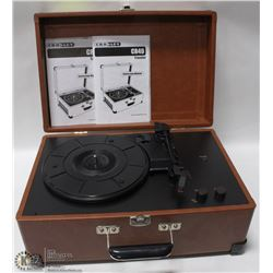 CROSLEY CR49 TRAVELER RECORD PLAYER