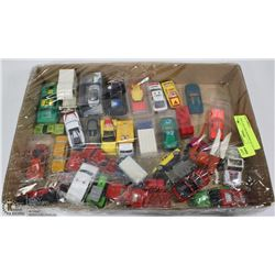 FLAT OF ASSORTED DIE CAST CARS