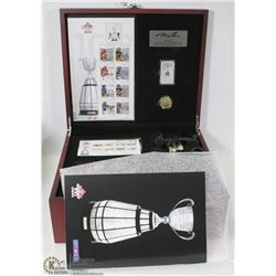 THE ULTIMATE FAN CFL SET, INCLUDES COMMEMORATIVE