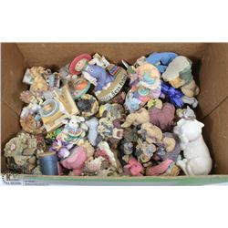 BOX OF BRIAR BEARS MUSICAL ORNAMENTS AND MORE