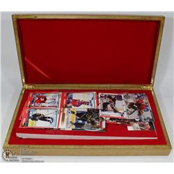 300 ASSORTED HOCKEY CARDS IN WOODEN BOX