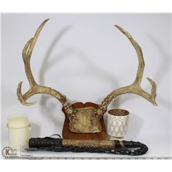 FLAT W/ WALL MOUNT ANTLERS, WHIP AND CANDLE