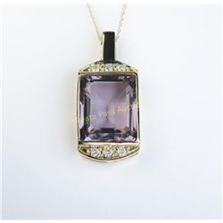 Spectacular Ladies Pendant