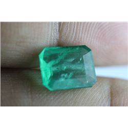 Natural Emerald 3.64 carats - no Treatment