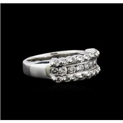 0.71 ctw Diamond Ring - Platinum