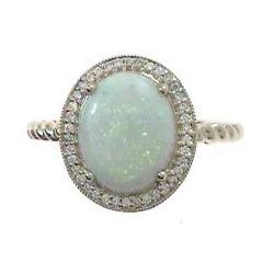 1.32 ctw Opal and Diamond Ring - 10KT Yellow Gold