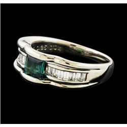 0.04 ctw Alexandrite and Diamond Ring - Platinum
