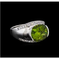Crayola 3.95 ctw Peridot and White Sapphire Ring - .925 Silver