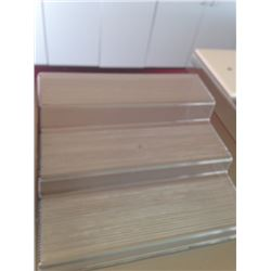 plastic tier to display products