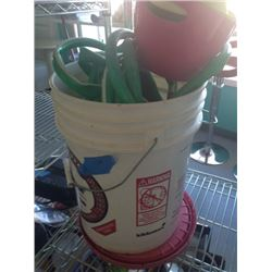 BUCKET WITH HOSE