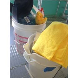 UTILITY BUCKETS WITH SUPPLIES - ROW