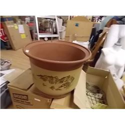 LARGE PLANT POT - as-is