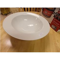 EXTRA LARGE WHITE SERVING BOWL