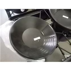 NEW GOLD PAN - ESTWING - BLACK PLASTIC - SMALL