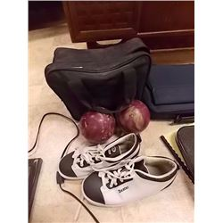 LAWN BOWLING BALLS AND SHOES