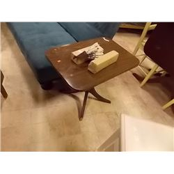 VINRAGE DUNCAN PHYPHE END TABLE