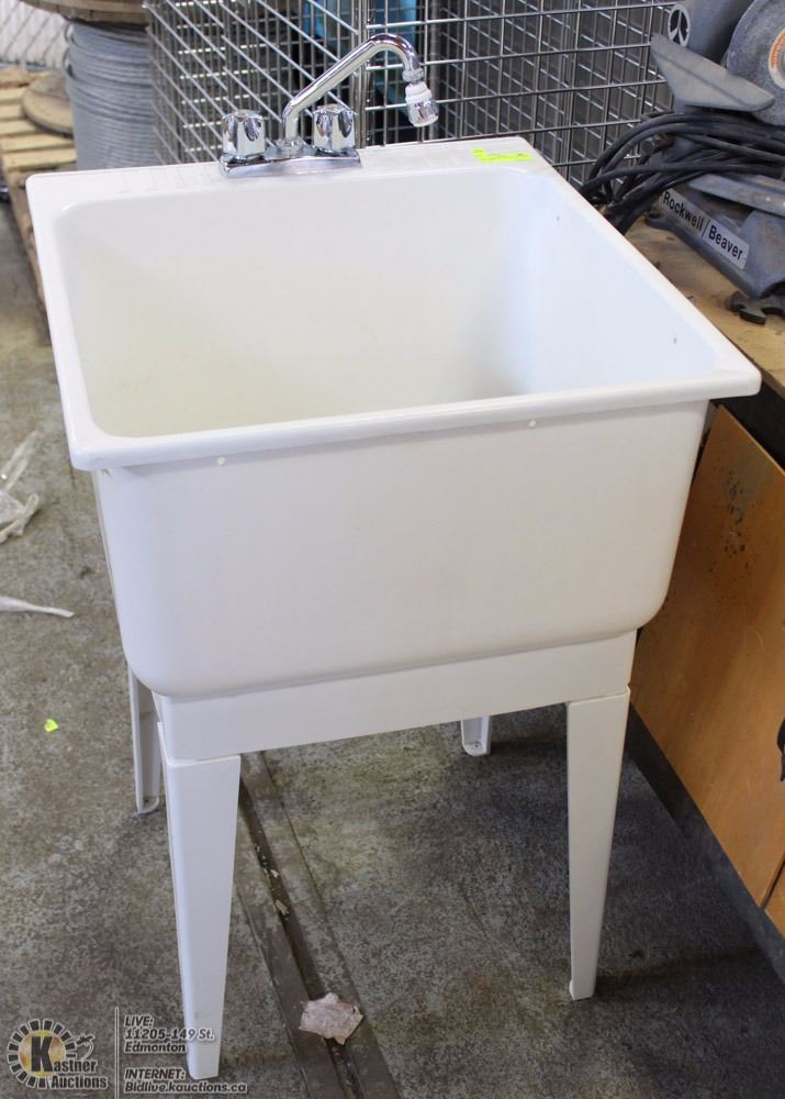 UTILITY DEEP WASH TUB WITH LEGS AND TAPS