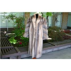 WILLIAM FURS - NATURAL CRYSTAL FOX COAT- SIZE LARGE