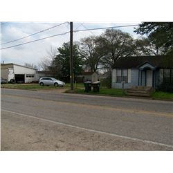 318 Columbus Road Sealy, Texas 77474. .2210 Acre, Good HWY36 Visibility, 792 sf home, good traffic