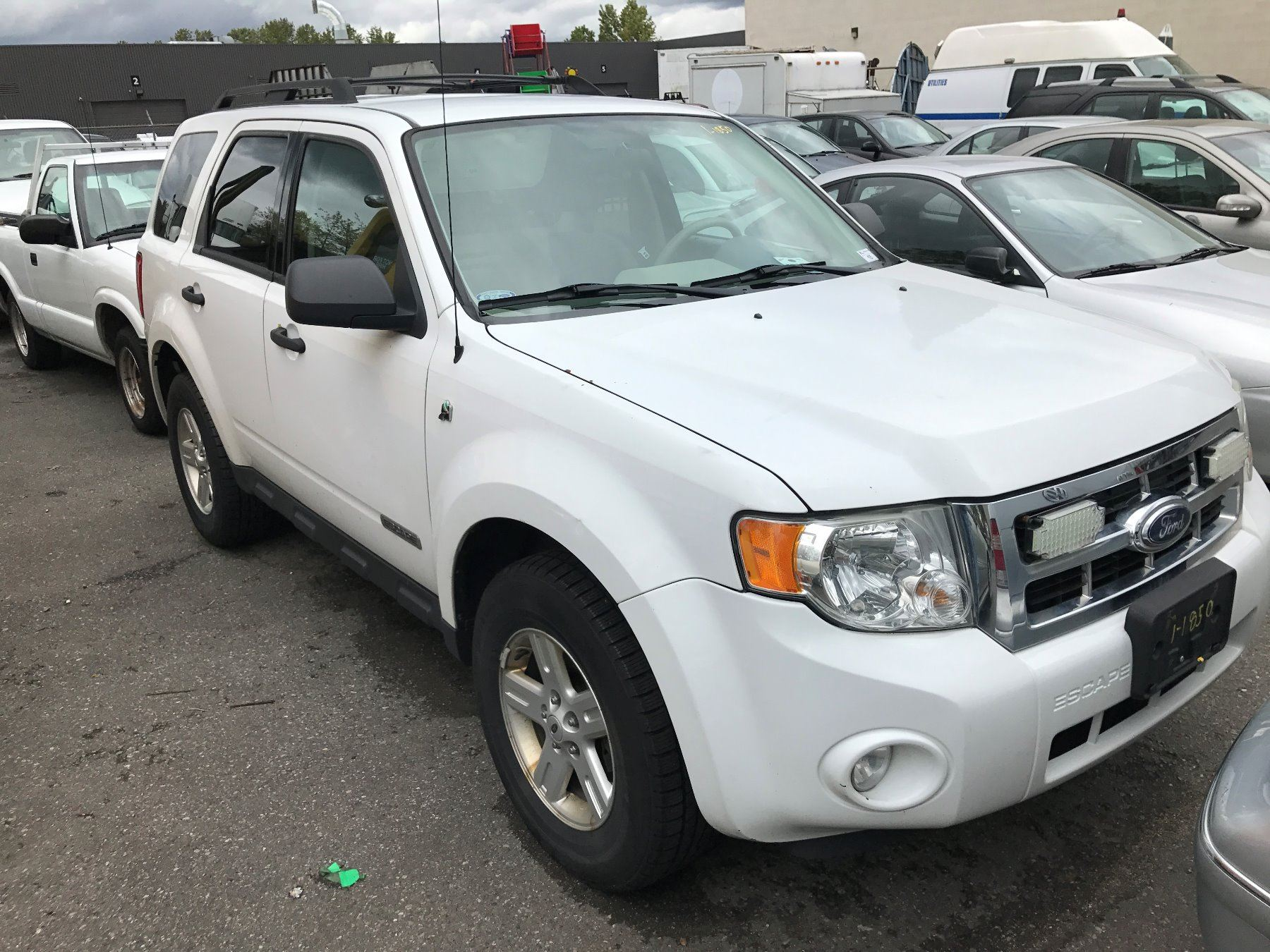 2008 ford escape hybrid 4 door suv white vin 1fmcu59h28kd98024 able auctions. Black Bedroom Furniture Sets. Home Design Ideas