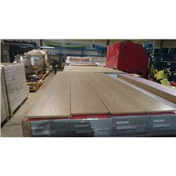 PALLET OF OAK LAMINATE FLOORING