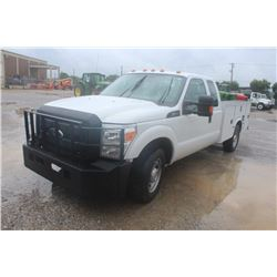 2015 FORD F350 Service Truck SN:1FD8X3E62FEA64299 --ext. cab, V8 gas, A/T, Knapheide service body, h