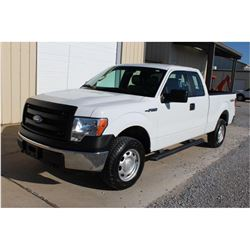 2014 FORD F150 Pickup Truck SN:1FTFX1EF7EKD62461 --4x4, ext. cab, V8, A/T, AC, odometer reading 71,6