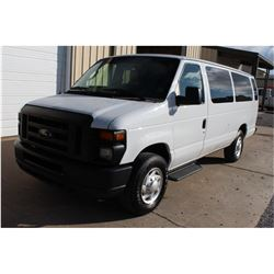2013 FORD E350 Passenger Van SN:1FBSS3BL4DDB08538 --V8 gas, A/T, AC, odometer reading 104,173 miles
