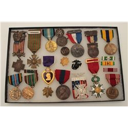 Riker case of approximately 14 collector  military medals, mostly U.S., several scarce  Mexican Bord