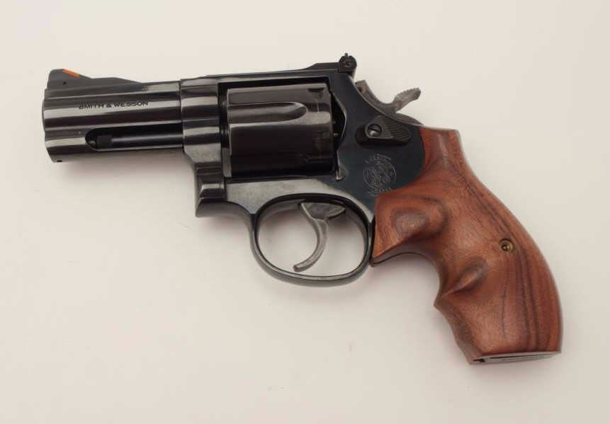Image 2 Smith Wesson Model 586 4 Limited Production DA Revolver