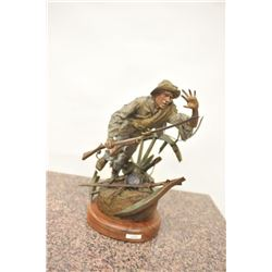 High quality original bronze casting of  Confederate Civil War soldier in battle with  Mississippi s