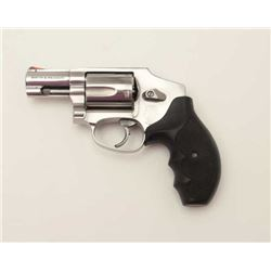 "Smith & Wesson Model 640-1 DA hammerless  revolver, .357 Magnum caliber, 2"" barrel,  stainless, chec"