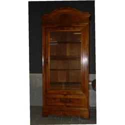 une armoire vitr e d 39 poque louis philippe en noyer vers. Black Bedroom Furniture Sets. Home Design Ideas