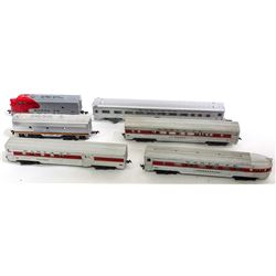 HO Diesel engines  Santa Fe passenger set