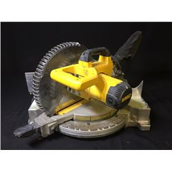 "DEWALT DW713 10"" COMPOUND MITRE SAW"