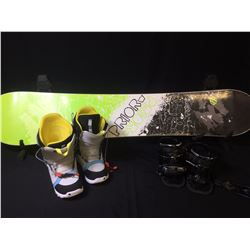 PRIOR SNOWBOARD WITH BOOTS, BINDINGS & CARRY CASE