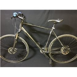 GREY SCHWINN SIGNATURE 24 SPEED FRONT SUSPENSION MOUNTAIN BIKE WITH FULL DISC BRAKES