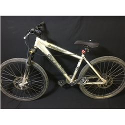GREY SPECIALIZED HARDROCK PRO 8 SPEED FRONT SUSPENSION MOUNTAIN BIKE WITH FULL DISC BRAKES