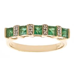 0.72 ctw Emerald and Diamond Ring - 14KT Yellow Gold