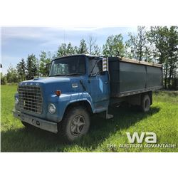 1975 FORD 750 GRAIN TRUCK S/A STEEL BOX
