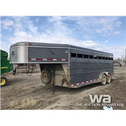 2003 MUSTANG 5TH WHEEL T/A STOCK TRAILER