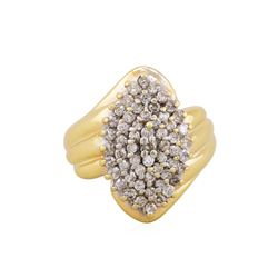 10KT Yellow Gold 1ctw Diamond Cluster Ring