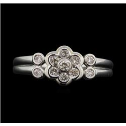 18KT White Gold 0.30ctw Diamond Floral Motif Ring