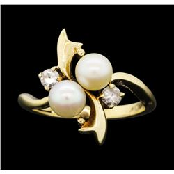 10KT Yellow Gold Pearl and White Quartz Ring