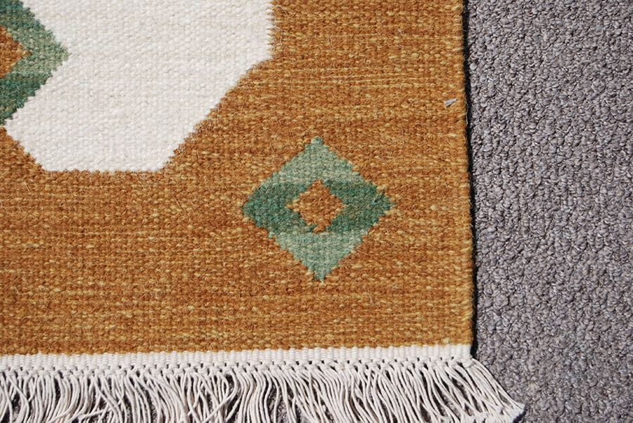 Image 3 Hand Woven Indian Wool Pile On Cotton Foundation Rug